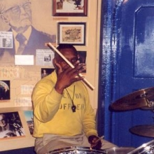 That's a portrait of Senator John Stennis on the wall - the band's practising in theJohn Stennis room.